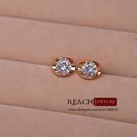 T90041  Cz Diamond Stud Earring Platinum and 18K Gold Plated Gift For Ladies Women Earring Vintage Jewelry