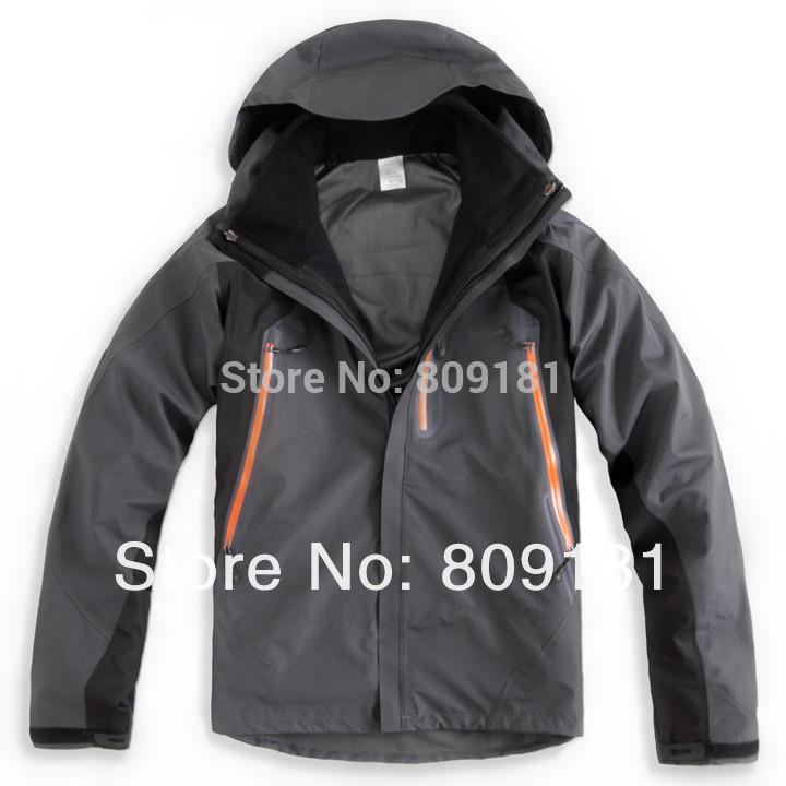 NEW! Fashion outdoor wind  waterproof jacket three adhesive Fleece Jackets Men softshell ski suits mountaineering free shipping(China (Mainland))