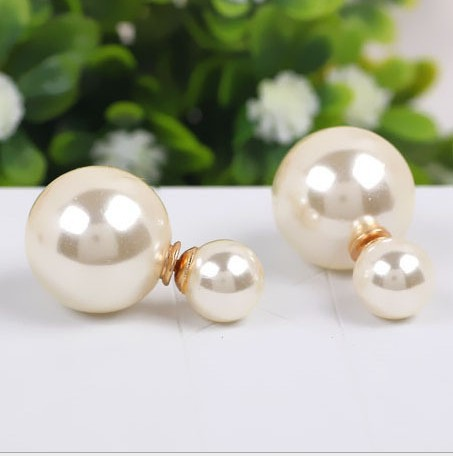 New arrival poster di r paragraph of double faced size pearl earrings stud earring female belt positive and negative(China (Mainland))