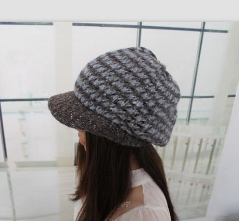 2014 New Women's Fashion Color Matching Winter Warm Color Block Knitting Pattern Hat(China (Mainland))