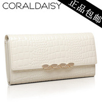 Wallet female long design 2014 women's favorite fashion wallet crocodile pattern white cowhide wallet free shipping