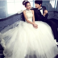 Hot selling princess bride 2014 Halter lace wedding dress for pregnant women new custom white big size halter wedding dress