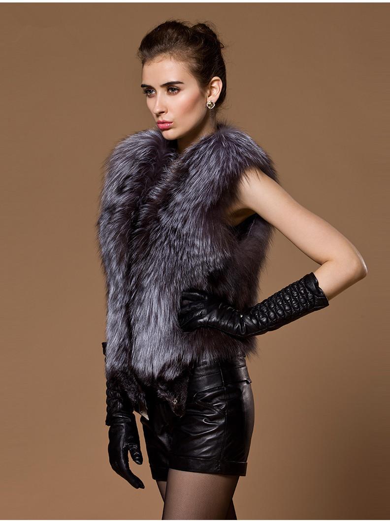 New Genuine Fur Vest Women 's Natural Silver fox fur Jacket Gilet Winter Warm Luxury 1278(China (Mainland))