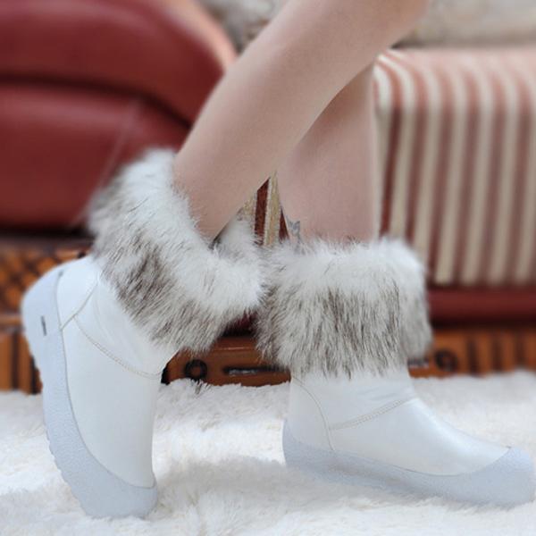 & élégant design de luxe pour femmes bottes de neige mode 2014 ajouter laine chaussures d'hiver au chaud l'ue. taille 35-40 extérieur. chaussures de dame occasionnels