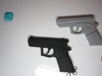 Wholesales New Cartoon Gun Pistol model usb 2.0 memory flash stick pen thumbdrive/disk 4gb/8gb/16gb/32gb