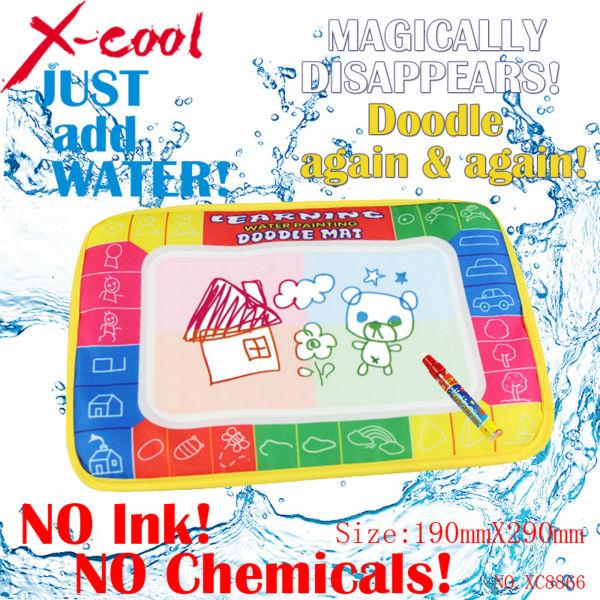 Free shipping XC8866 29X19cm 4 color Mini Water Drawing Mat Aquadoodle Mat&1 Magic Pen/Water Drawing board/baby play mat(China (Mainland))