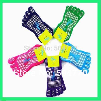 Пятерки ног женщины профессиональный йога носки без скольжения акцизного массаж носки с клеем точки