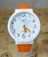 Wholesale  Children Cartoon Leather Watch Women Ladies Wrist Quartz Watch OLJ-11