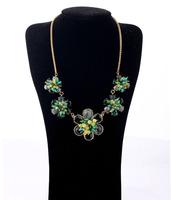 Fashion fashion accessories green flower design elegant short necklace pendant necklaces pendants best friend