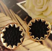 LE03 Trendy Women Girls Ladies Fashion Boho Vintage Ladies Faux Leather Sunburst Button Stud Earrings Free Shipping