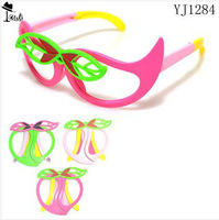 Kids glasses frame Free shipping ( 10pairs )wholesale best selling foldable fruit peach pattern Children sunglasses YJ1284