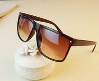 Fashion vintage square rivet sun glasses elegant women men sunglasses 100% UV400 resistance oculos de sol  Spectacle Shades men