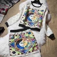 1553 smiley graphic print geometric patterns top print bust skirt set