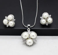 fashion new imitation pearl jewelry sets wholesale clear crystal quality necklaces and earrings sets for women free shipping