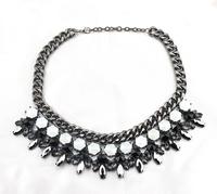 high quality 2014 design fashion gunmetal white resin uxurious bib statement necklace for women