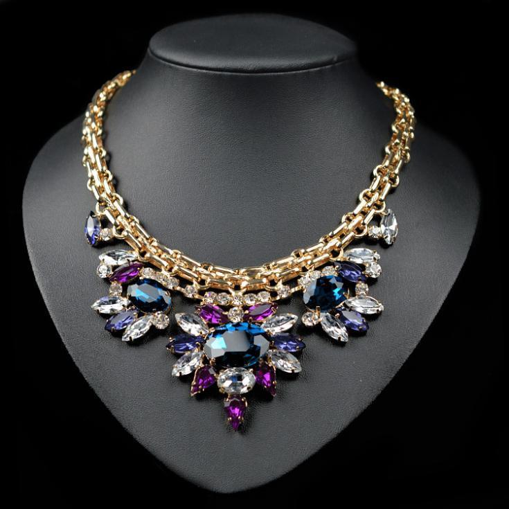Luxury crystal chocker necklace chunky bee pendant chain women personality fashion jewelry NZ0061(China (Mainland))