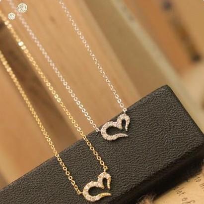 fashion mischa barton wishing full rhinestone love heart necklace(China (Mainland))