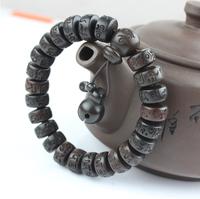 Vintage Tibetan Mala Prayer Bracelets Men and Women Jewelry Wooden Buddhist Six Mantra Sculpture Wood Bracelet Meditation