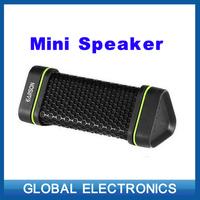 New portable wireless Bluetooth sports speaker 4w stereo audio sound outdoor waterproof/shockproof/dustproof speaker for Iphone