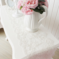 Julliette&dream quality lace crystal pendant table runner luxury table cloth white wedding decoration Pierced tablecloth gift