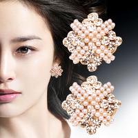 Europe and the United States exaggerated retro super temperament with beige pearl quality  earrings paragraph ear jewelry