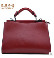 2014 new leather handbag temperament. Banquet handbags. Retro fashion handbags. Portable shoulder bag