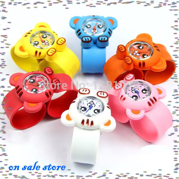 "Y92"" Free Shipping 1PC Unisex Kids Cute Cartoon Tiger Slap Snap Bendable Rubber Quartz Wrist Watch(China (Mainland))"
