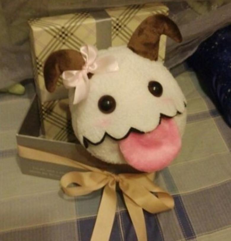 Free shipping 2014 Hot sales! LOL High quality lol Poro 15*13 cm Plush dolls /Toy for children(China (Mainland))