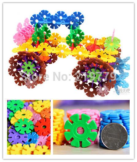 118pcs/pack High Quality Colorful Plastic Snowflake Building Blocks Creative Construction Set Kids Educational Toys(China (Mainland))