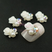 20pcs/lot Vintage 9x10mm Alloy Nail Art Manicure Cellphone Case Cover Decoration DIY Charms Metal White Flower AB Rhinestones