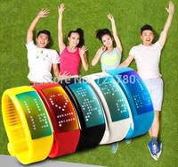 Fashion Smart Watch 3D Pedometer Calories Signature etc Unisex Sports Watches 8GB Flash Drive LED Digital Wristwatches