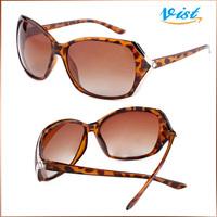 2014 New Brand Polarized Sunglasses Adult Wayfarer Women'S Sunglasses Black Polyurethane Cool Sunglasses 3026