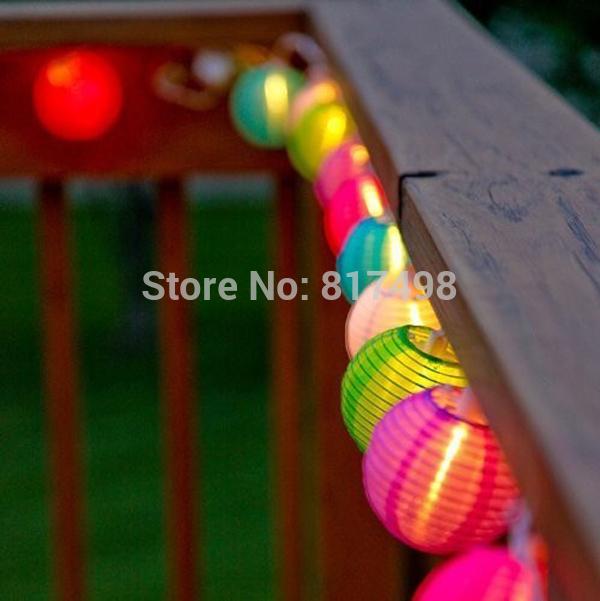 Solar garden globes that change color