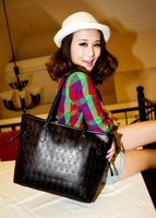 Hot Sale Punk Style Women Handbags Shoulder Bags Black Color Casual Bags High Quality Skull Printed