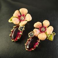 Free Shipping /L-E-S N-EREIDES/ crystal flower earrings