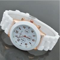 Women Jelly Geneva Quartz Watch Silicone Strap Alloy Case 15 Colors 2014 New Fashion Relogio Feminino Dress Wristwatch Free Ship