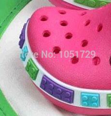 Бесплатная доставка игрушки оптом сабо 3D сабо плоский сад обуви дети сандалии тапочки мальчиков и девочек