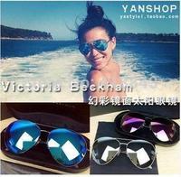 Victoria Beckham Victoria Beckham VB colored sunglasses  yurt  men and women for gift to friend