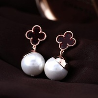 Hot Selling Women Lift Jewelry Black Enamel Clover With White Pearl Stud Earrings - Quality Guarantee