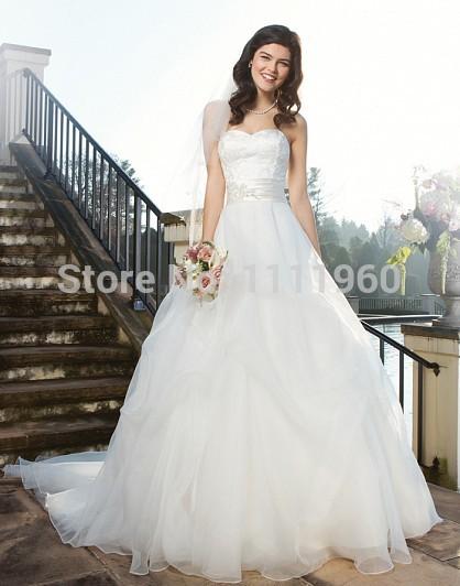 Elegant Wedding Dresses For The Mature Bride : Elegant wedding dresses for older bride with sweetheart top lace