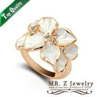 Hot Sell Italina 18K Gold Plated Vintage Rings Women Gardenia Flower Enamel Ring Free Shipping