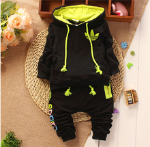 new arrival baby suit 2014 autumn sport girls boys children suits brand cotton hooded sweater + pants suits newborn clothes(China (Mainland))