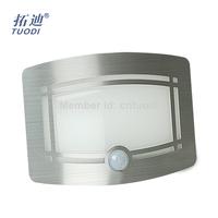 TDL-7125C motion sensor wall light with ce.Rohs certficication battery 12v human body sensor LED light