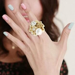 hot selling fashion royal vintage Imitation Pearl Lace Rose Lovers adjustable finger rings for women wholesale(China (Mainland))