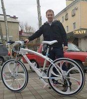 Phantom Mountain Bike / 26 inch 21-speed dual disc brakes / variable speed road bike racing bicycle shock absorption