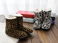 Free Shipping  2014 New Korean Style Flower Lovely Home Slippers Floor Socks Indoor Slippers Winter Foot Warmer 11 Colors