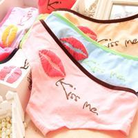 Free shipping Low Waist PINK Kissme lips printed cotton ladies underwear cartoon printed cotton underwear girl briefs