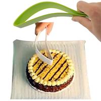 New Cake Pie Slicer Sheet Guide Cutter Server Bread Slice Knife Kitchen Gadget Free Shipping