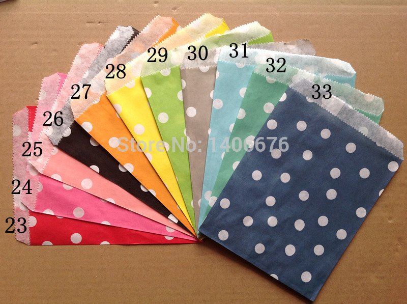 100pcs/lot Polk Dot Paper Favor Bags Party Treats bags Candy Favor Goodie Bag for Baby(China (Mainland))