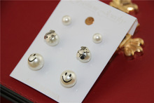 New lovely stay Meng Bear imitation pearls earrings inlaid rose gold color Bear titanium steel earrings